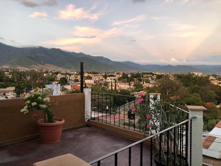 "Beautiful view Oaxaca Apartment ""Ivyazul"""