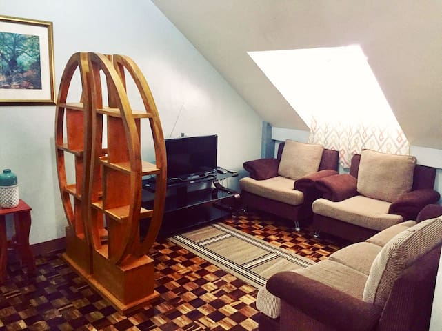 Affordable, Cozy  apartment (2Bedroom) MIN 3 Pers+