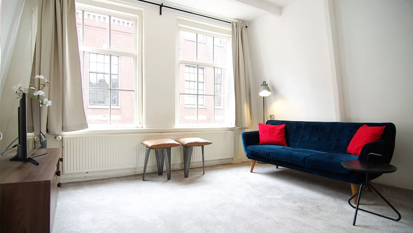 Loft Leidsegracht - Private studio + Roof terrace!