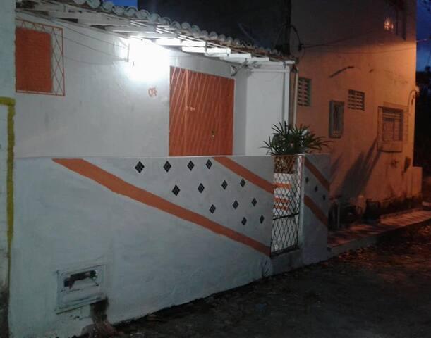 Casa simples mobiliada em Pium, próx. de Cotovelo