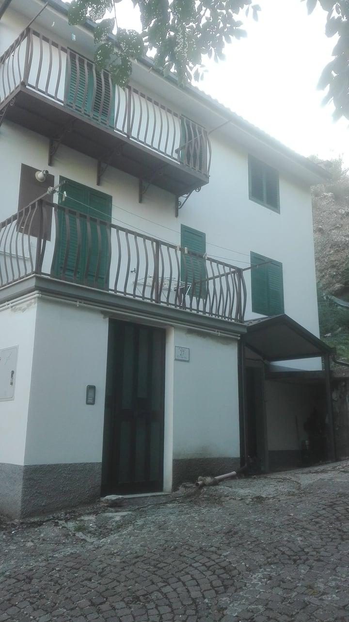 appartamento a Gambatesa