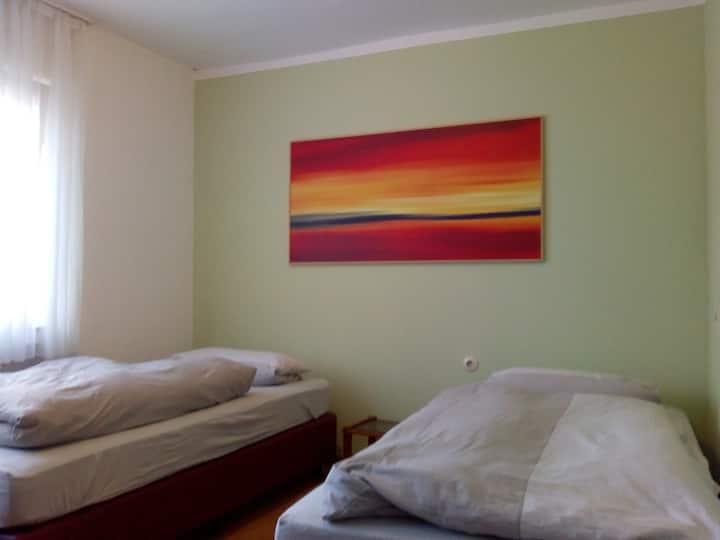 Ruhige Souterrain Wohnung in Bielefeld Bethel