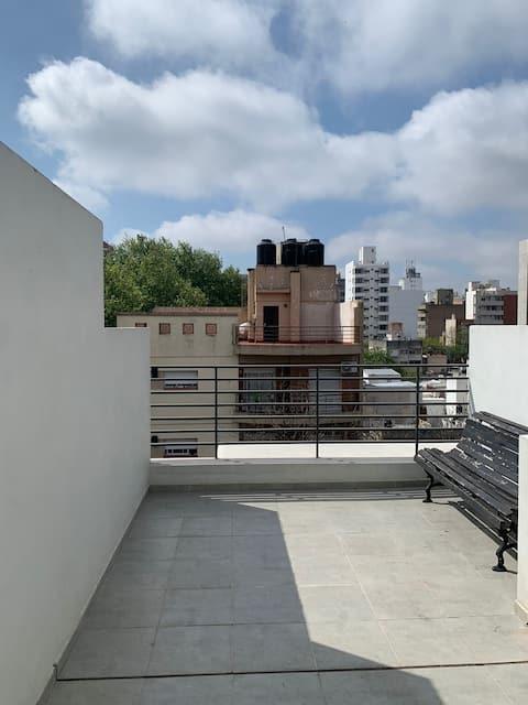 Monoambiente moderno con terraza exclusiva