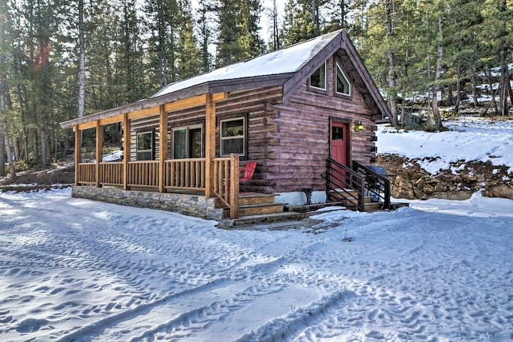 Private Red Feather Lakes Cabin on 2 Private Acres
