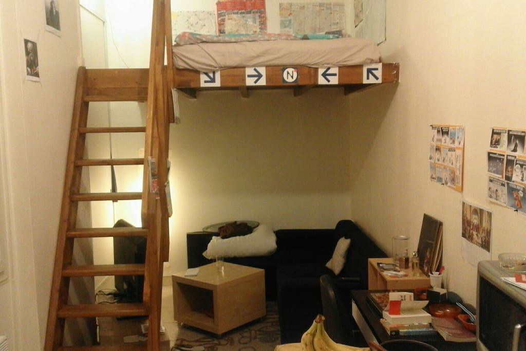 studio avec mezzanine gare du nord flats for rent in. Black Bedroom Furniture Sets. Home Design Ideas
