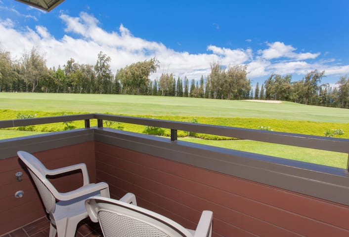 Enjoy a cup of Kona coffee on your private lanai, and watch as Maui come to life