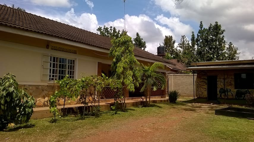 Relaxed Living at the Victoria Lake - Jinja - Casa