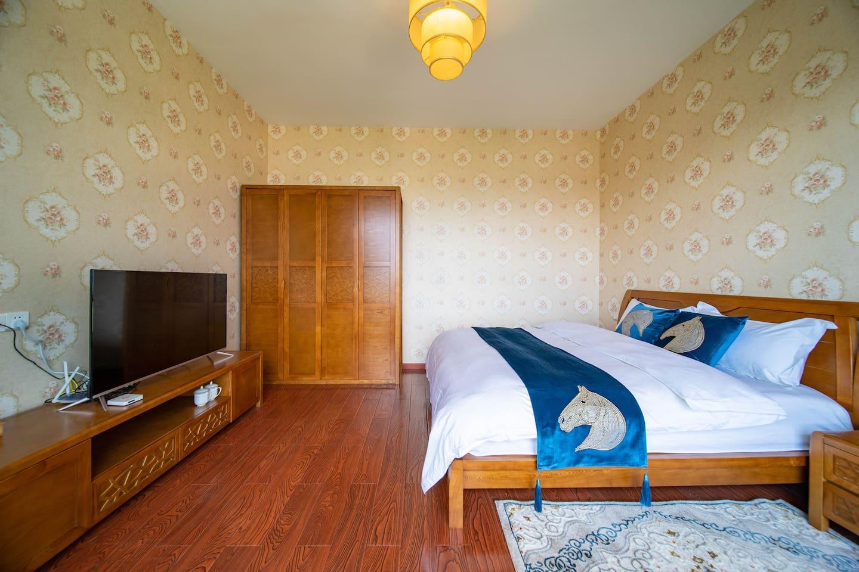 全景奢华大床房