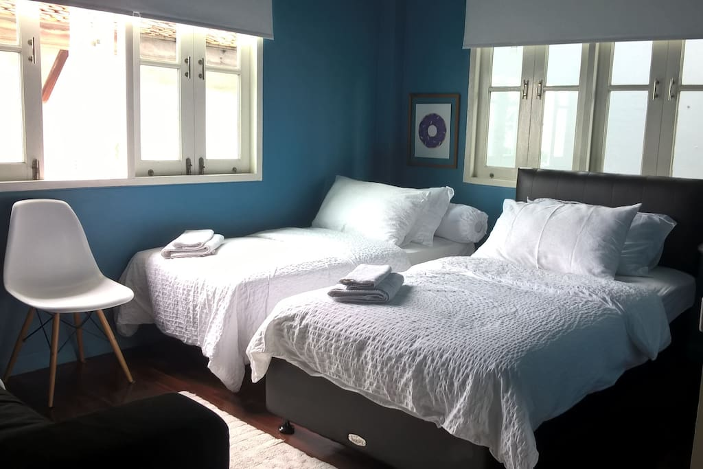 Bed (extendable bed is available for your accompany)