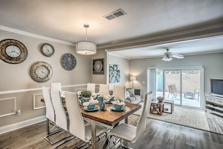 NEW! Modern Myrtle Beach Haven, Walk to the Ocean!