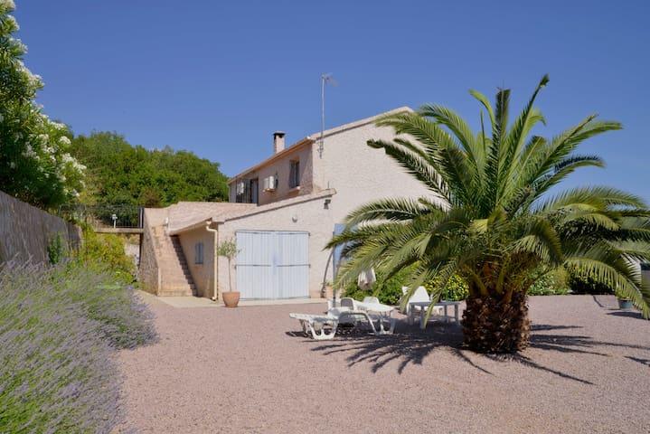 F3 dans Villa Cassiopée avec piscine - Taglio-Isolaccio - Apartment