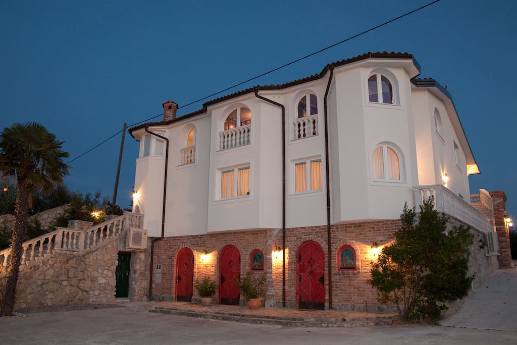 The front part of the villa.