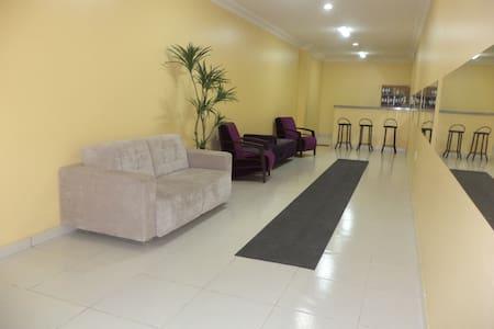Hotel Dom Cláudio - Hospedagem e Eventos - Fortaleza - Szoba reggelivel
