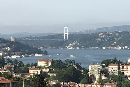 Best Bosphorus view in town seeing both bridges - Istanbul - Leilighet