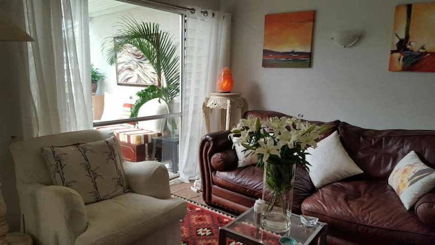 Lovely Room close to Umhlanga beach