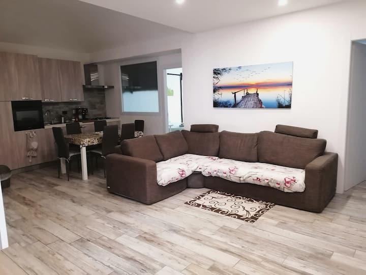 Spazioso appartamento moderno e accogliente