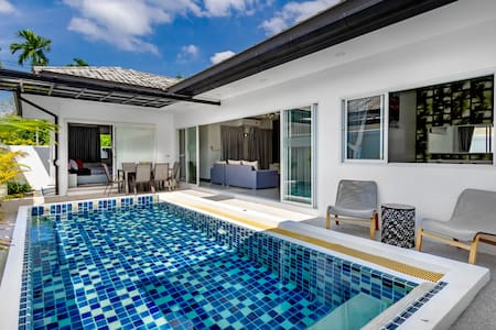 *NETFLIX*Pool Villa*Perfect for Families & Groups*