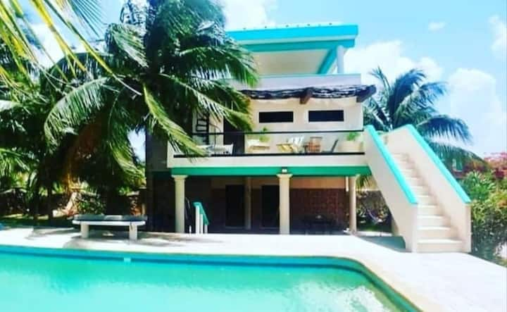 5*Luxurious Seaview Bungalow for 4. Just amazing!