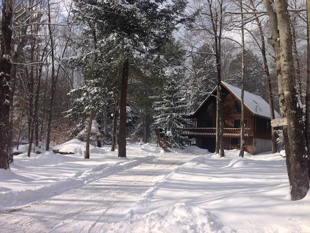Bethel Lake House- Affordable For Group Getaways