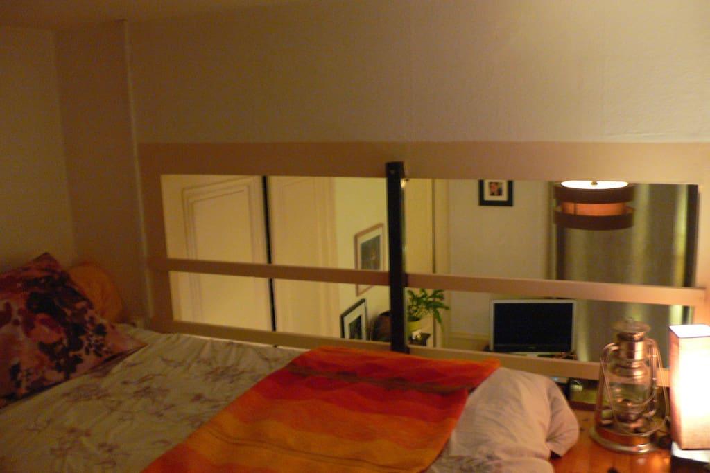 Chambre en mezzanine avec fermeture complète de la trappe