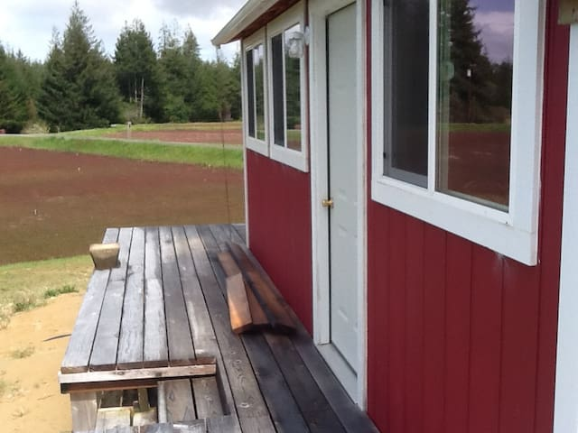Quaint and Quiet Cranberry Studio Home