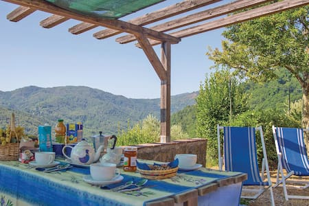 Holiday cottage with 2 bedrooms on 70m² in Pescaglia LU
