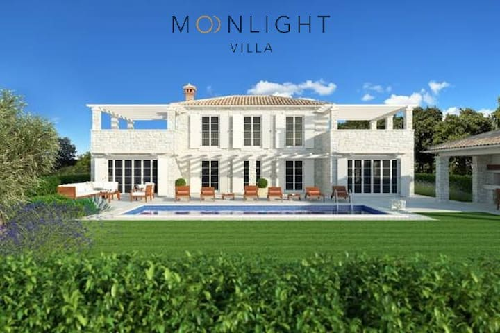 Moonlight Villa