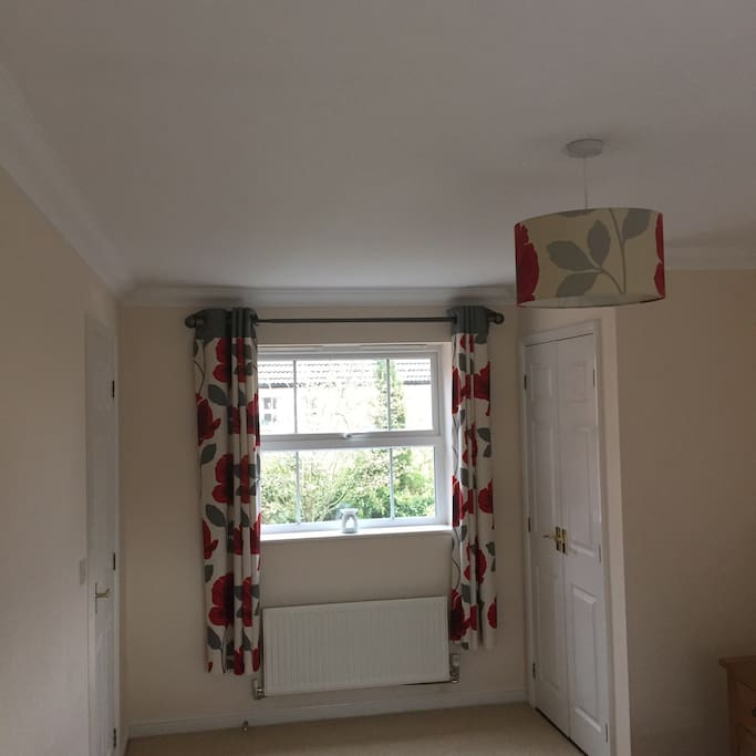 Large room, king size bed, double wardrobe & chest of drawers, plus bedside cabinets. Tea/coffee supplied in room