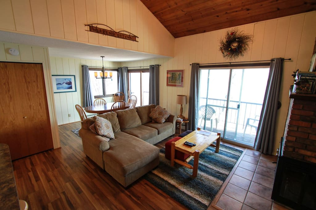 Enjoy the views of Lake Superior from your living room, dining room and private balcony.