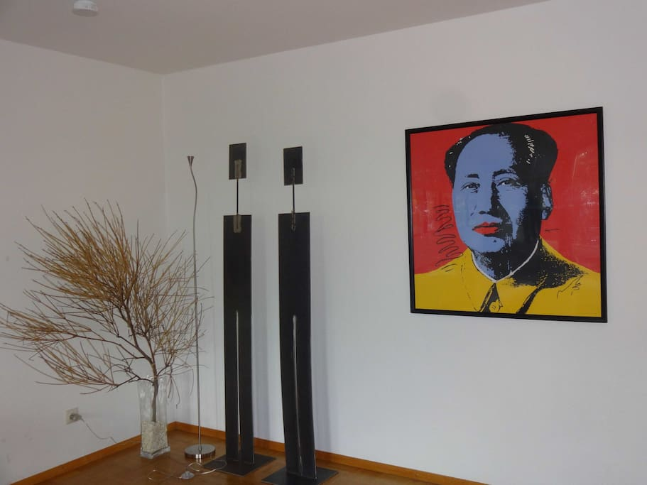 ... und Andy Warhols blue face MAO protetcted by IRONMAN