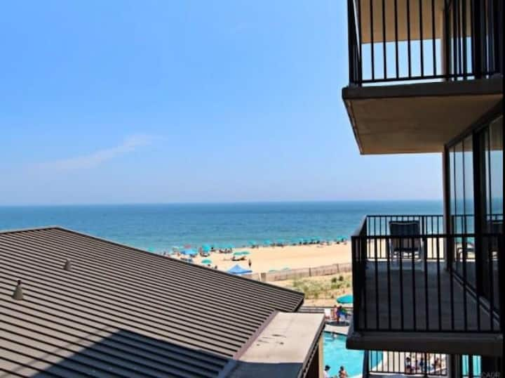 Featured on HGTV! Bethany Beach Ocean Front Condo