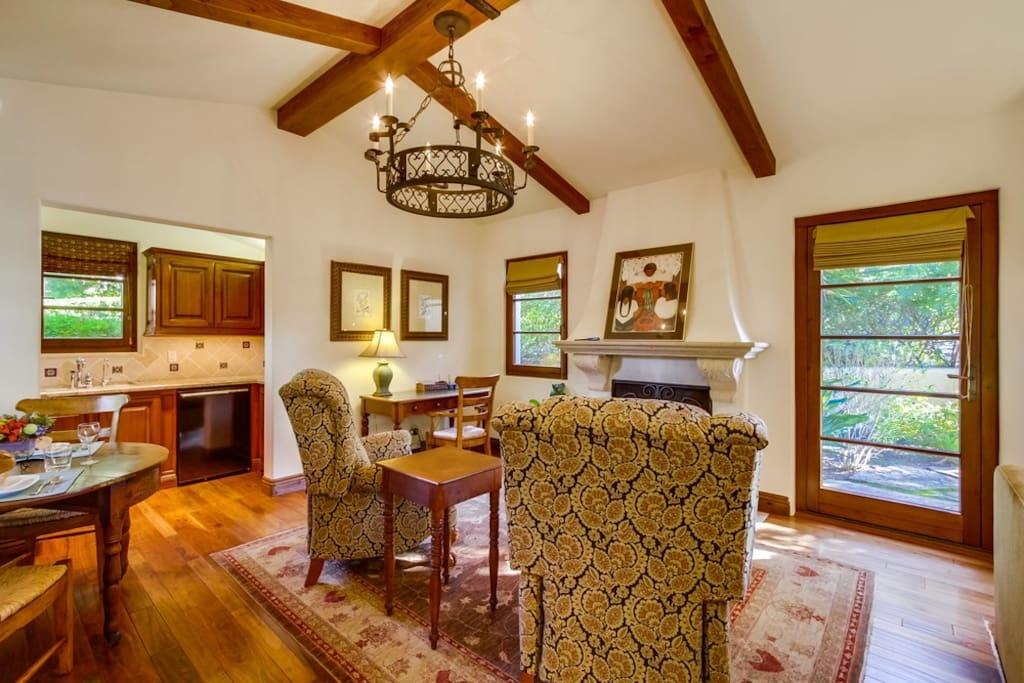 luxury guest house  casita