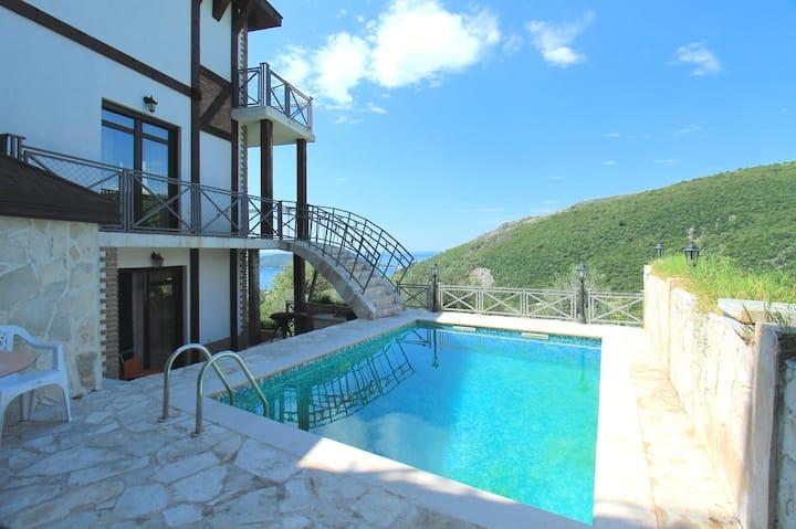 Villa Astra 1