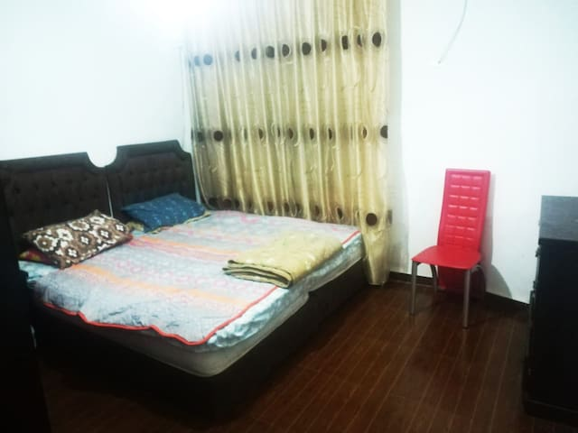 Spacious Flat in Amman with 2 Double Sizes Rooms