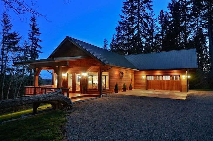 Dog Friendly, Rustic Retreat House - Tenino - Talo