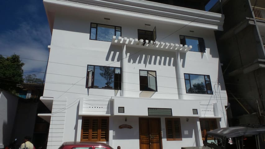 Red Star Holidays - Munnar - Hotel butikowy