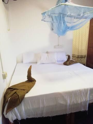 Bay Dreams Beach House Deluxe King Triple Room