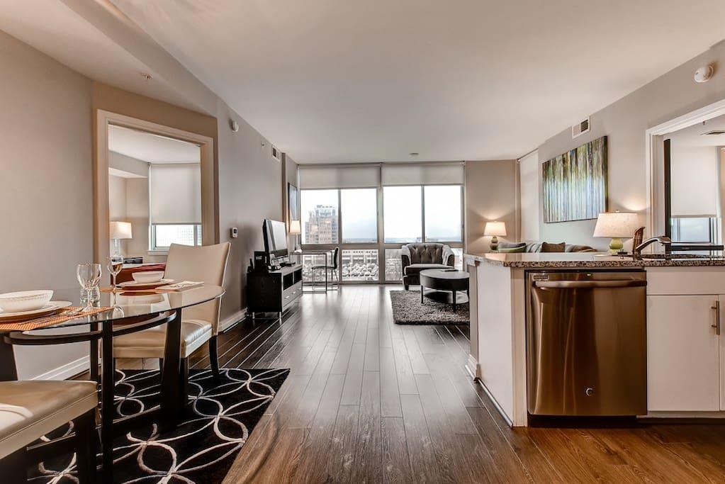 Bluebird reston 2 br apt indoor lap pool spa apartments for rent in reston virginia for 2 bedroom apartments in reston va