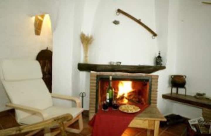 [5] Casa Cueva El Atroje