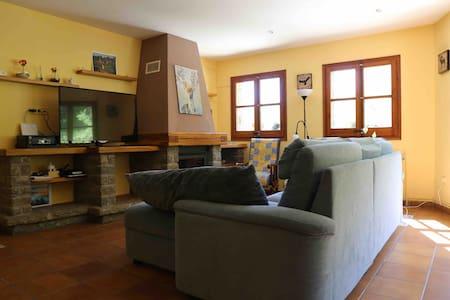 Buena Casa con perros