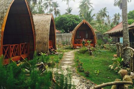 Mascott Inn Bungalows Lombok Style - Bungaló