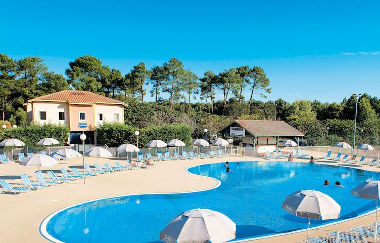 Resort club Les Villas du Lac - 383
