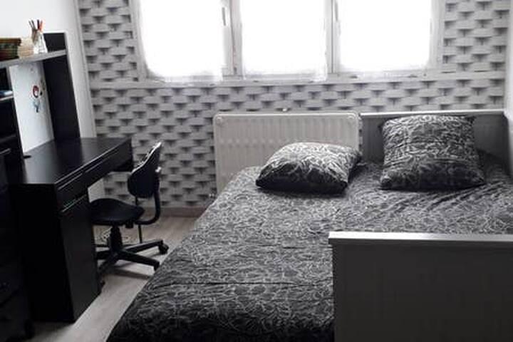 Chambre avec douche indépendante