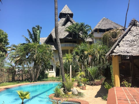 Lamu Island's Seafront Villa 2 bedroom Apartment.