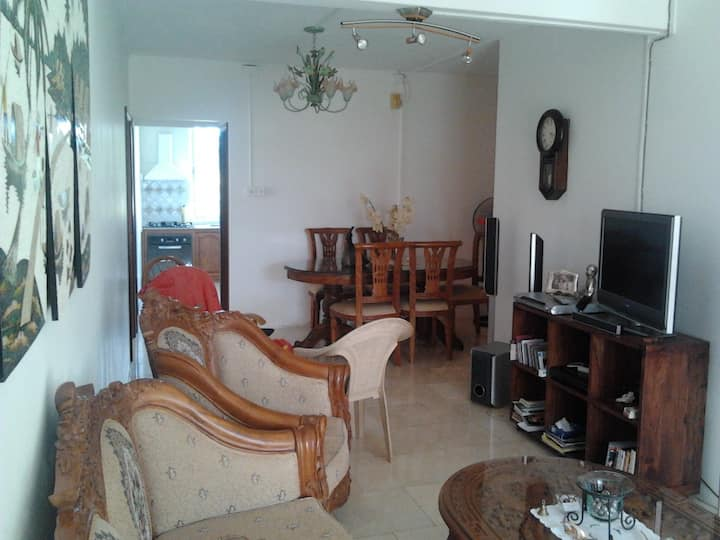 Well furnished, near beach,supermarket,quiet area