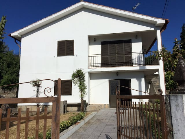 Airbnb Vila Nova De Cerveira Vacation Rentals Places