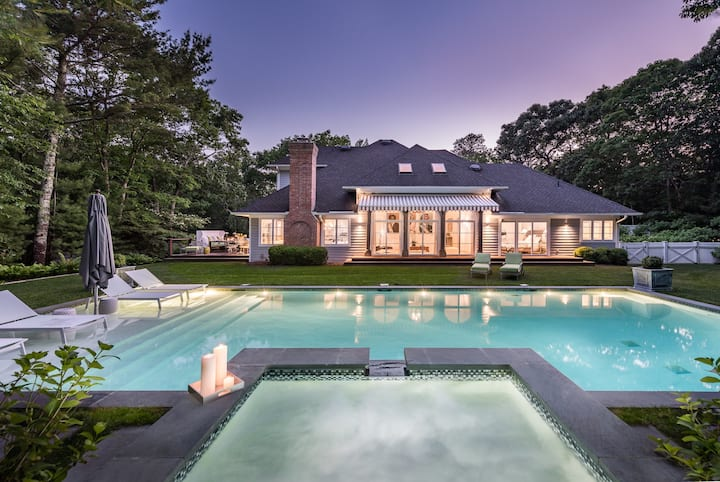 Luxurious Retreat in the heart of the Hamptons
