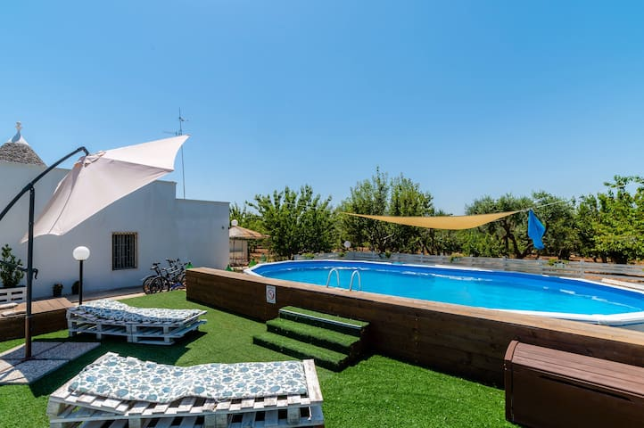 Borgo Tortorella - Casa Ulivo, apt in villa with shared pool & garden