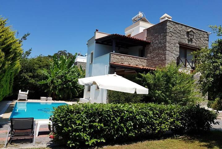 BO166 by Villa of Summer Günlük Kiralık Villa