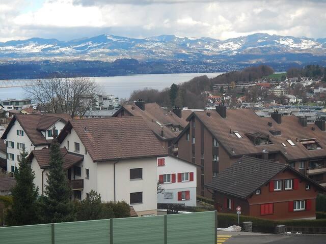 Charmante kleine Wohnung mit Aussicht - Apartments for Rent in ...